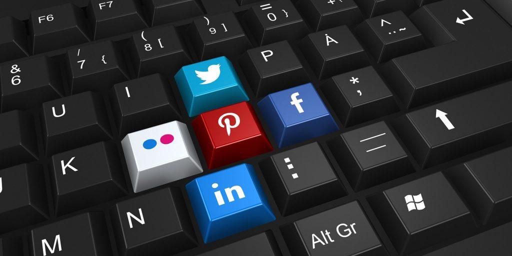 social media tiktok facebook